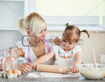 Simper mother and child baking cookies