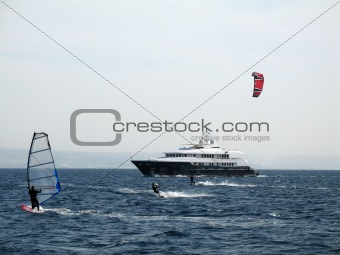 A windsurfing and kitesurfing on the sea