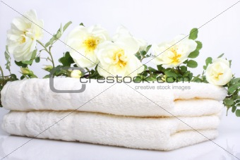 Bath towels with rose