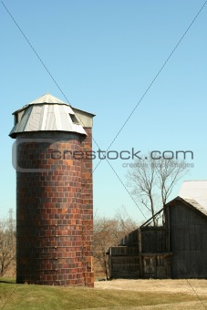 Old barn and silo