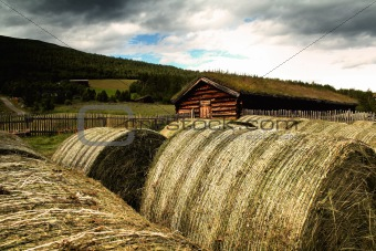 House with the straw bales