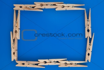 Frame made of wooden clothes pegs