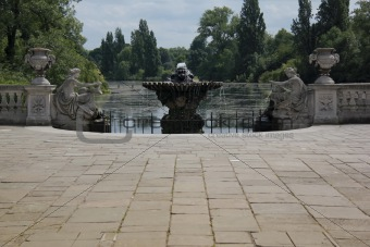 italian fountains hyde park london