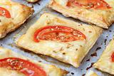 Puff pastry with cheese and tomatoes