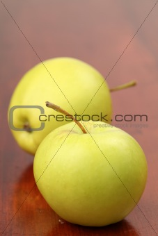 Green organic apples
