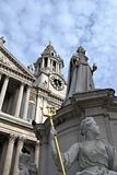 Statue in front of st pauls cathedral