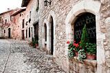 Stone quarter
