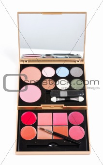 eyeshadows set with brush