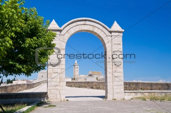 Arch frame with Cathedral. Trani. Apulia.