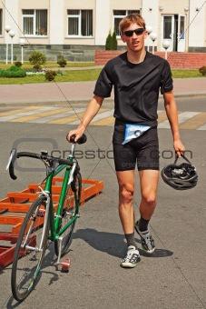 portrait of triathlon  competition participant