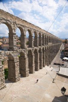 great aqueduct of segovia city