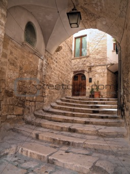 Arch in Oldtown of Giovinazzo. Apulia.