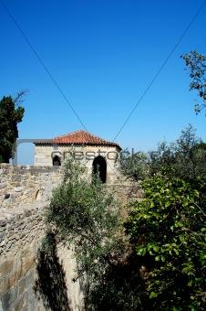 Ancient destroyed building in lisboa