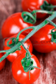 tomatoes bunch