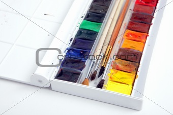 A pack of watercolour paint
