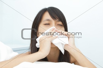sneeze girl