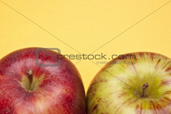 Apples on Yellow