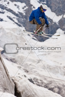 Freerider, jumping in a mountains