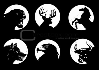 Image description animal silhouettes on the moonlight