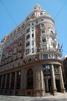 a big house in valencia