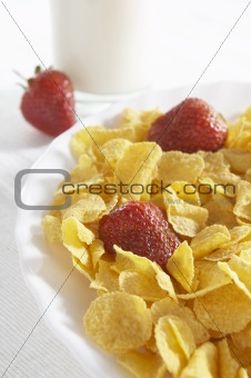 cereals with milk and strawberries