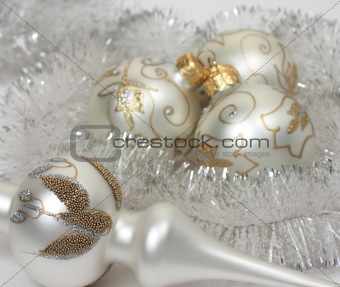 Christmas balls with a tinsel
