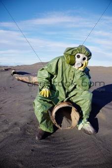 Scientific ecologist in urbanistic desert