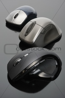 Modern wireless computer mouses
