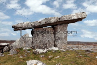 poulnabrone dolmen