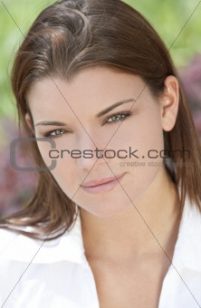 Outdoor Natural Light Portrait of Beautiful Woman With Green Eye