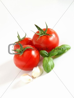 Tomatoes, basil and garlic