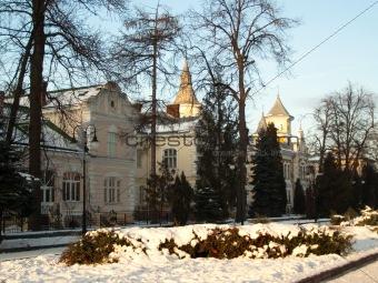 Avenue of park