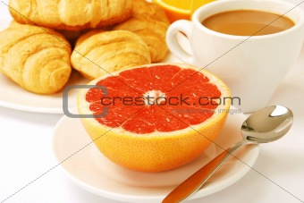 A light breakfast with a grapefruit