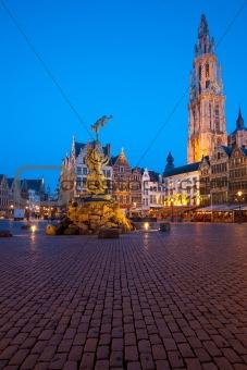 Grote Markt Antwerp Twilight Brabo Onze Lieve