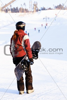 Snowboarder ready to go
