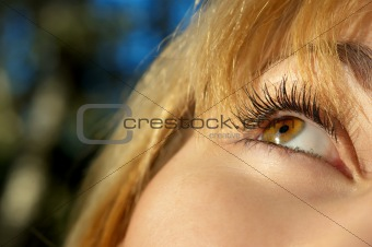 girl's eye closeup