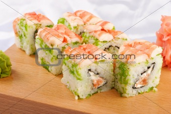 Sushi futomaki with shrimp