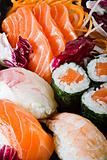MIX SUSHI SASHIMI MAKI 1