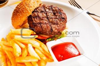 classic hamburger sandwich