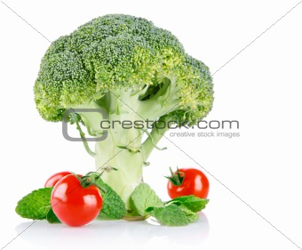 cabbage broccoli with tomatos and green leaves
