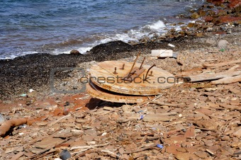 garbage in the seashore