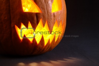 Angry pumpkin with big teeth