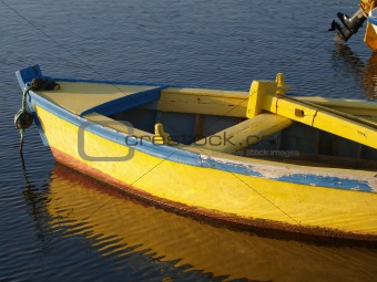 old yelow boat