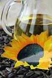 vegetable oil from sunflower seeds