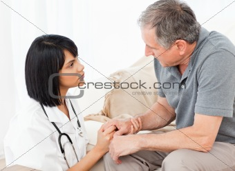 Man talking with his nurse