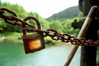 Corroded lock in Dam.