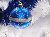 bue christmas globe