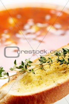 Toast with oil and thyme