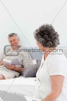 Woman talking with her husband