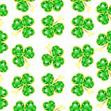 Seamless jewelry shamrock pattern